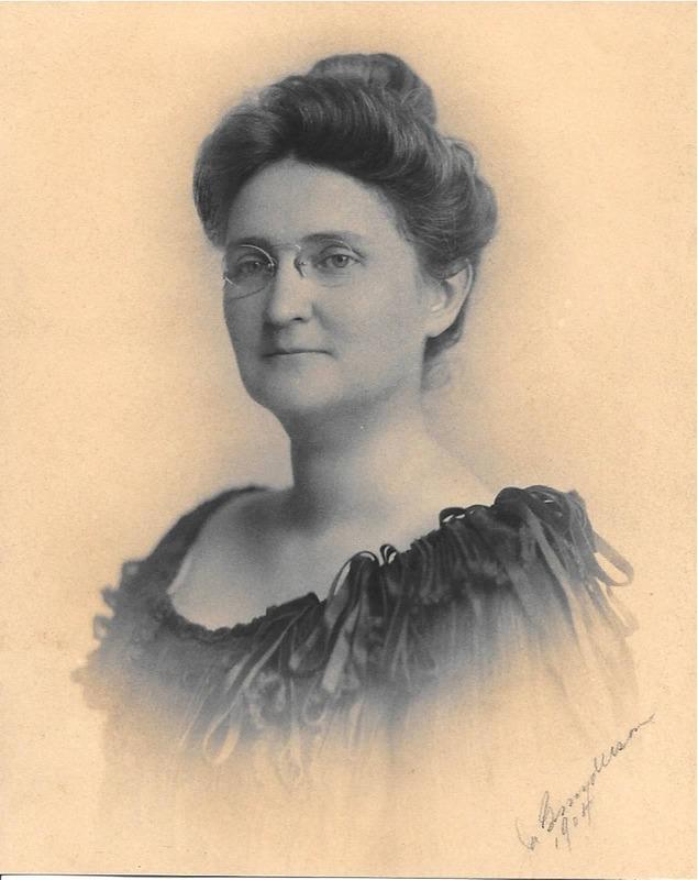 Mary Ella Lamberton Mitchell in 1904