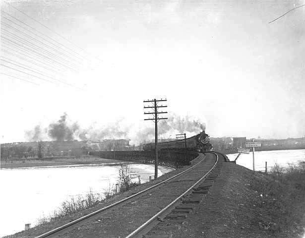 Train approaching Mendota