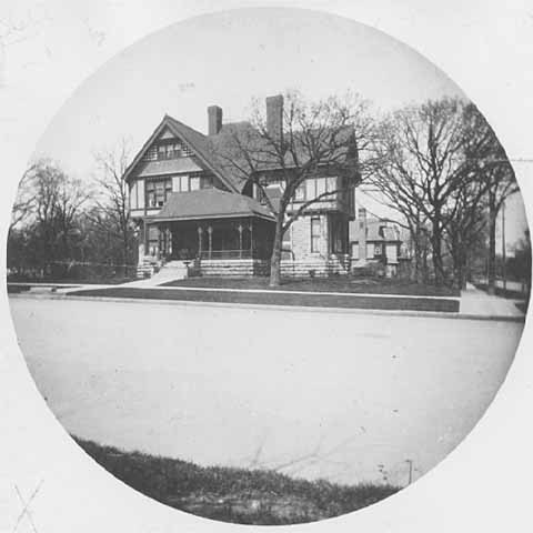 445 Summit Avenue circa 1895