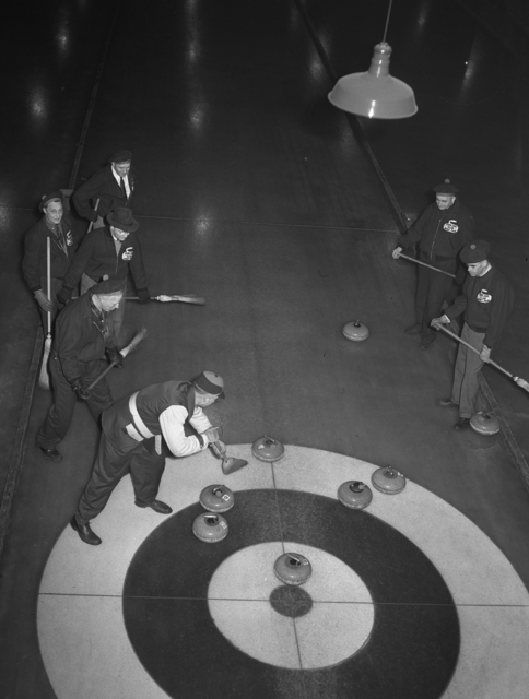 Members of the St. Paul Curling Club during practice