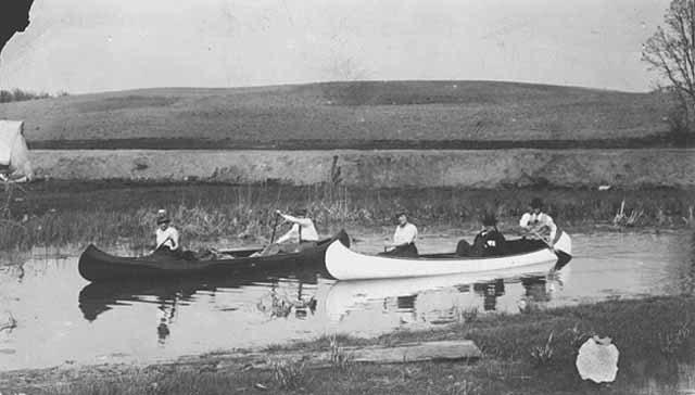 Canoeing on Phalen Creek