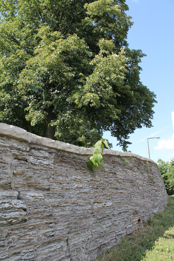 Limestone wall, Mounds Boulevard