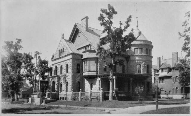 476 Summit Avenue in 1888