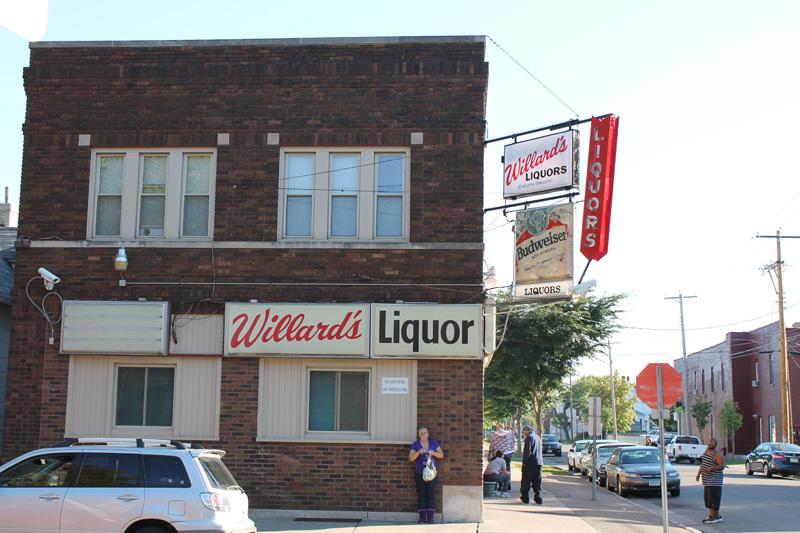 Willard's Liquor