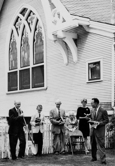 Ground breaking for addition to University Avenue Congregational Church