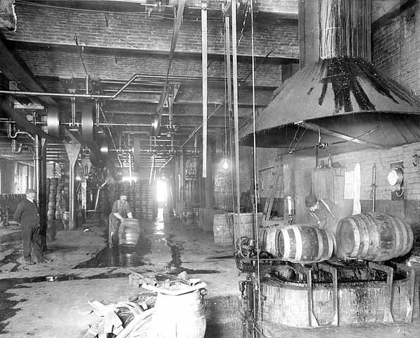 Operations at Hamm's Brewery